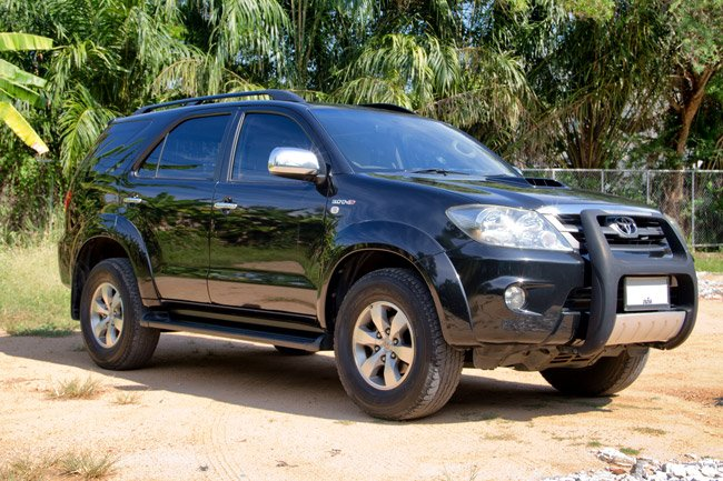 SELL TOYOTA FORTUNER 2007