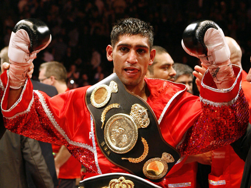 Molina bout sees Amir Khan at crossroads