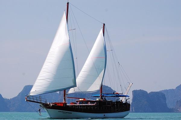 21m Classic Ketch Yacht Sale