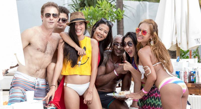 Guests enjoy the Sunday brunch at the popular Nikki Beach Phuket club at Bangtao on August 30. Image: Facebook