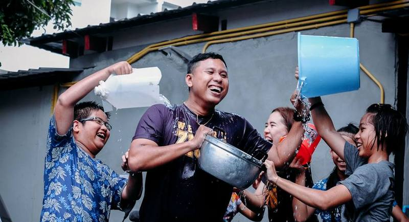 Phuket officials and police called for everyone across the island to enjoy a happy and safe Songkran. Photo: Zion Gallery