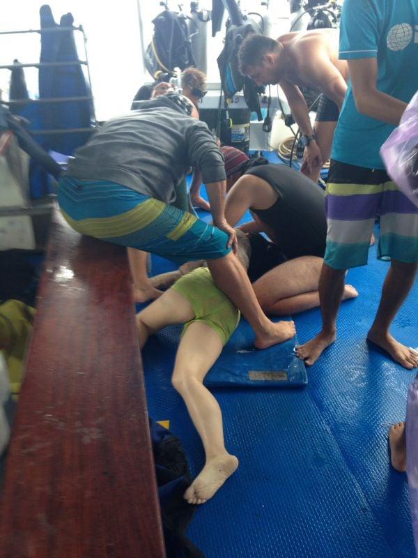 Dozens of tourists have been injured in the collision. Photo: Phattarawut AkanitThakorn
