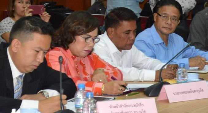 Consuls and honorary consuls from 15 countries who attended the meeting voiced their concerns about the lack of information regarding the safety of tourists. Photo: Suthicha Sirirat