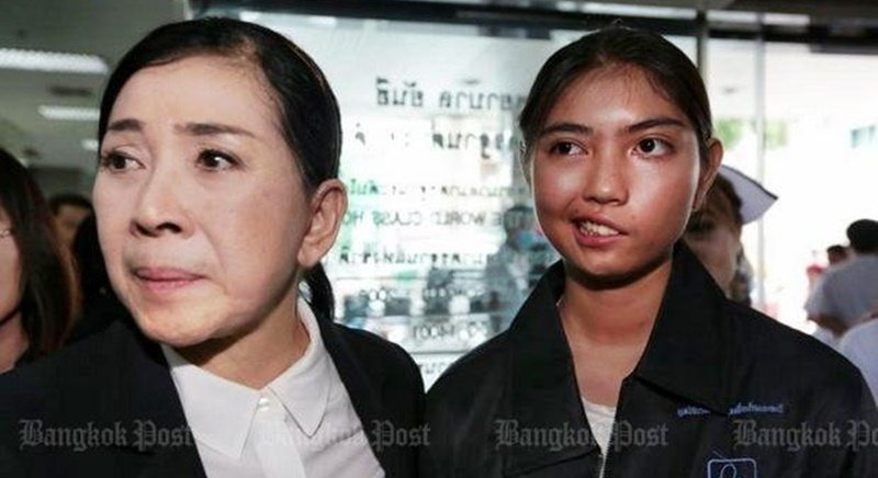 Long-time child-rights advocate and ex-minister Pavena Hongsakul (left) and her Foundation for Children and Women chairwoman have taken assault victim Ms Narudee under their wing to provide medical help. Photo: Chanat Katanyu