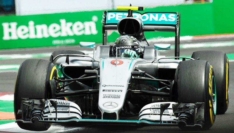 Mercedes AMG Petronas driver Nico Rosberg powers his car during the Formula One Mexico Grand Prix on October 30. Photo: Pedro Pardo/AFP