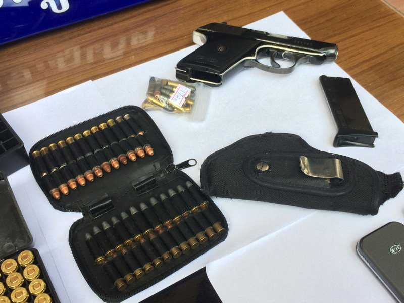 One suspect arrested yesterday confessed to buying guns for orders and selling them on to teenagers. Photo: Eakkapop Thongtub