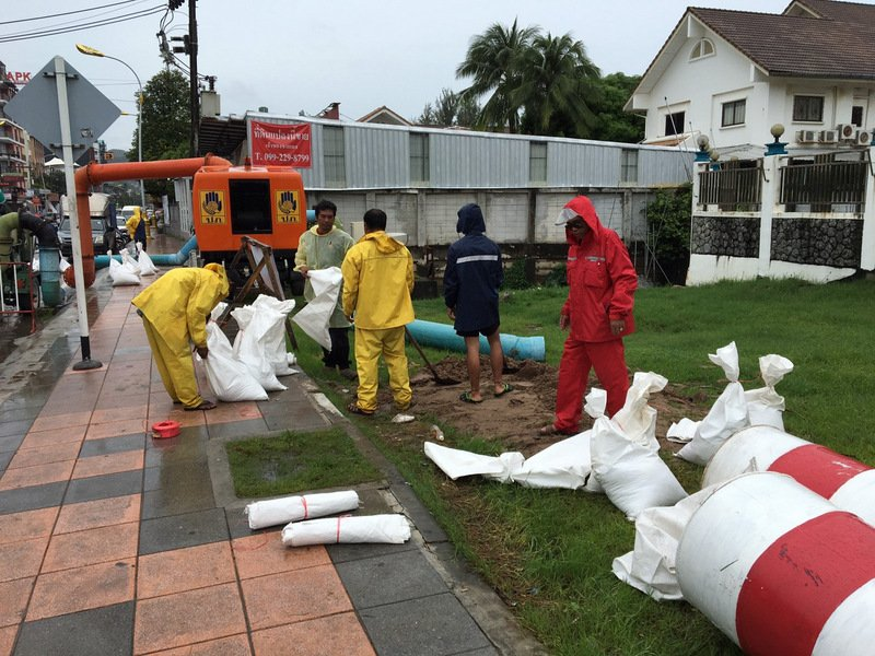 Sandbags were deployed in front of Patong Hospital. Photo: Patong Municipality