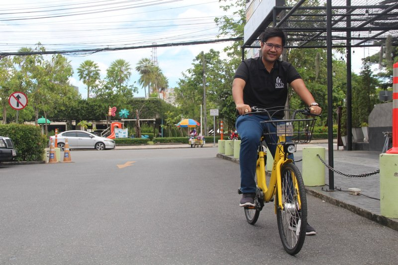 Nontarit Bejrananda of the PKCD takes one of the bikes for a test ride today (Sept 13). Photo: Tanyaluk Sakoot