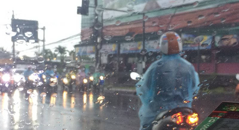 Heavy rains across Phuket have already caused traffic delays across the island. Photo: Eakkapop Thongtub