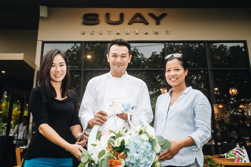 Located at Baan Wana Park near Cherngtalay, the new Suay Restaurant offers an ambiance of elegance in a relaxed setting with its stylish and contemporary décor.