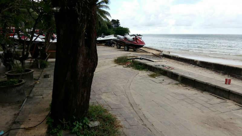 Photo evidence of the jet-skis parked at Kamala Beach. Photo: Supplied