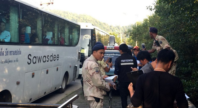 The arrests were made at a checkpoint on Sri Sthat rd on the east side of Phuket Town. Photo: Muang District Office