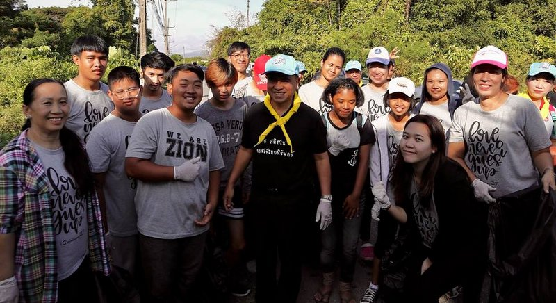 Phuket's Governor led a clean up effort at Leam Tuk-Kea. Photo: Zion of God Church Phuket