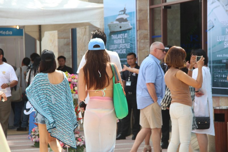 Plenty of people turned out for the opening day of the Phuket RendezVous today (Jan 4). Photo: Sehla Riva