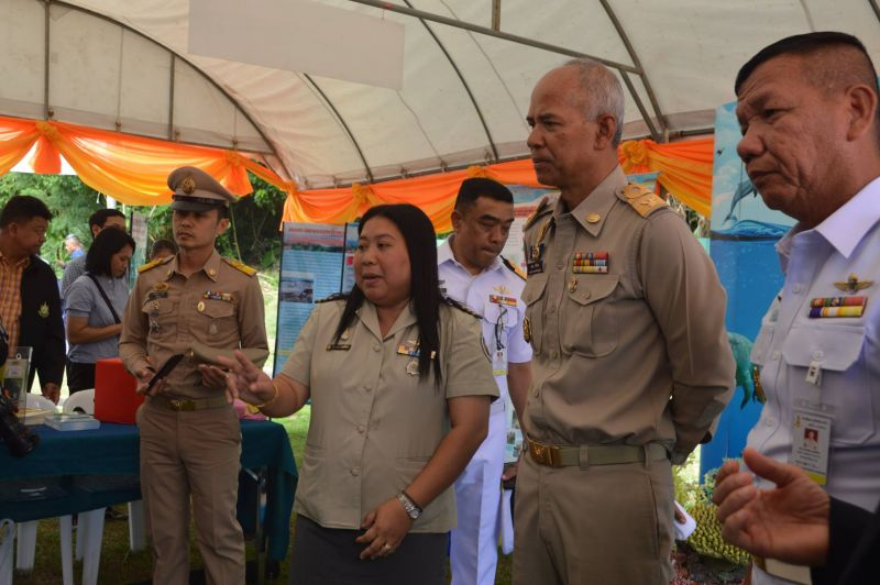 "On the coastline in front of the Third Naval Area Command headquarters, Deputy Commander of the 3rd Marine Division Rear Admiral Arkom Tang-On headed the beach activities to raise awareness for the preservation of coral reefs and marine life.  Phuket Vice Governor Snith Siriwihok was present at the event, along with civil servants, police, and students who joined in releasing 32 turtles into the sea. Rear Admiral Arkom said, ""In the spirit of HRH Princess Sirivannavari Nariratana this activity is being held"