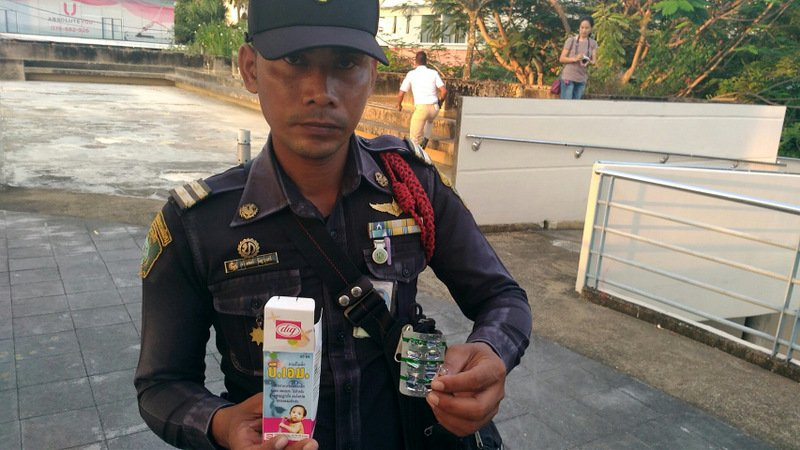 Drug-taking paraphernalia is easily found at the risk areas. Photo: Sgt Maj Apichet Poonchum, Head of Phuket Municipality's Peace and Security Division