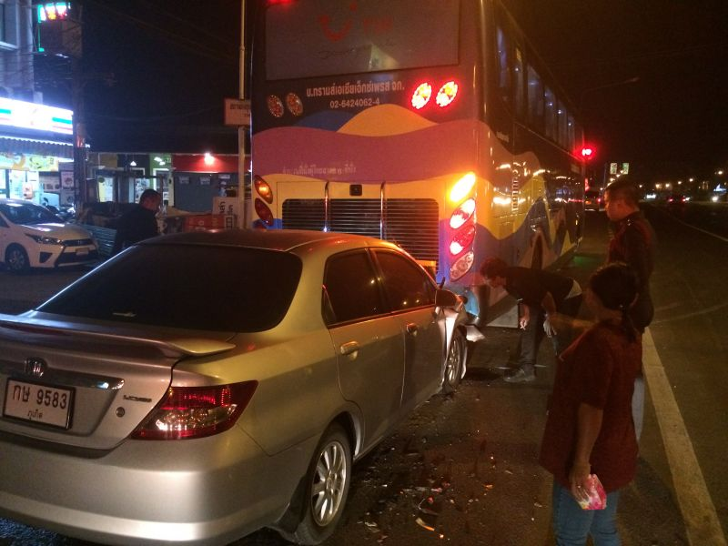 The driver of the car rear-ended the parked bus on bypass road earlier today. Photo: Eakkapop Thongtub