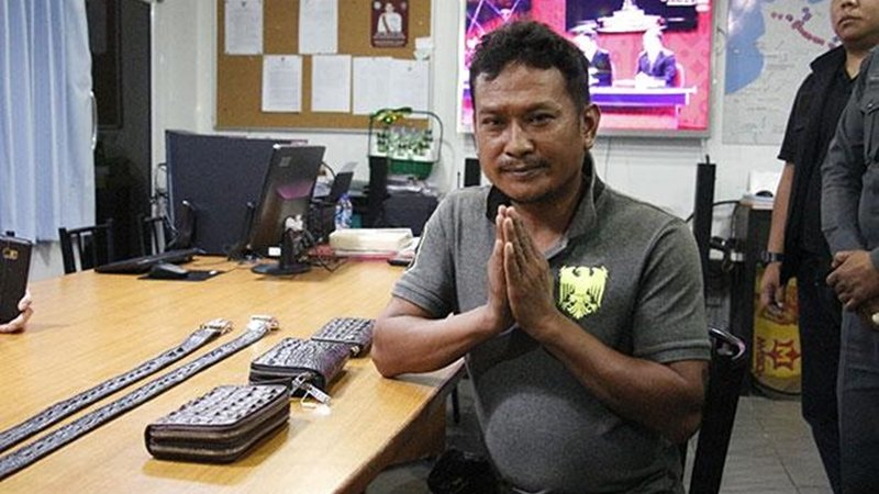 Pattaya vendor fined for threatening to shoot Chinese tourists