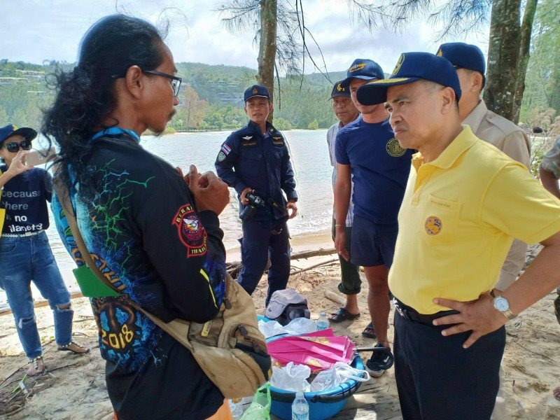 Phuket Governor Norraphat Plodthong inspects the Bang Tao area today (July 27). Photo: PR Dept