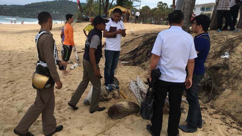 The body was discovered by local residents at about 10am today (Aug 28). Photo: Eakkapop Thongtub