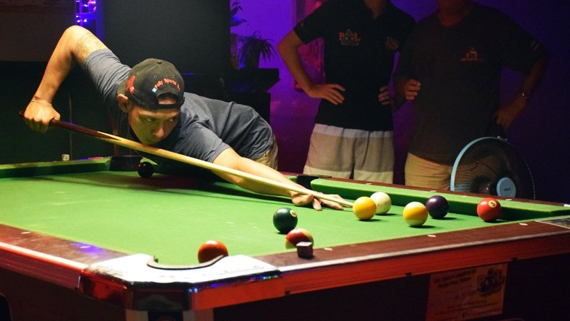 Clear air at top of Rawai Pool League