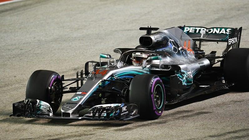 Hamilton strolls to shock Singapore pole