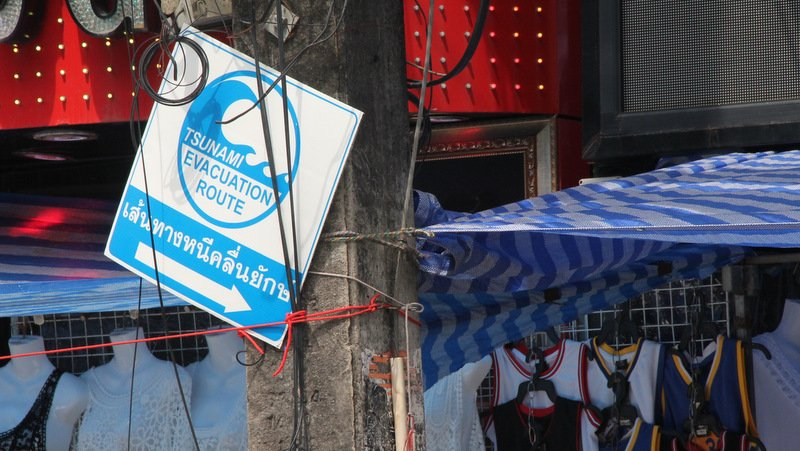 Phuket tsunami evacuation routes under full review