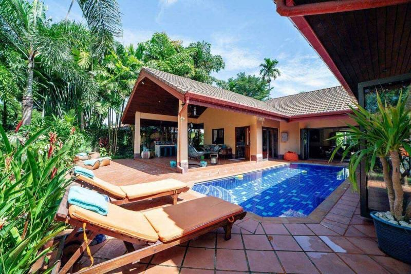 3 + 2 Villa for Sale in Rawai