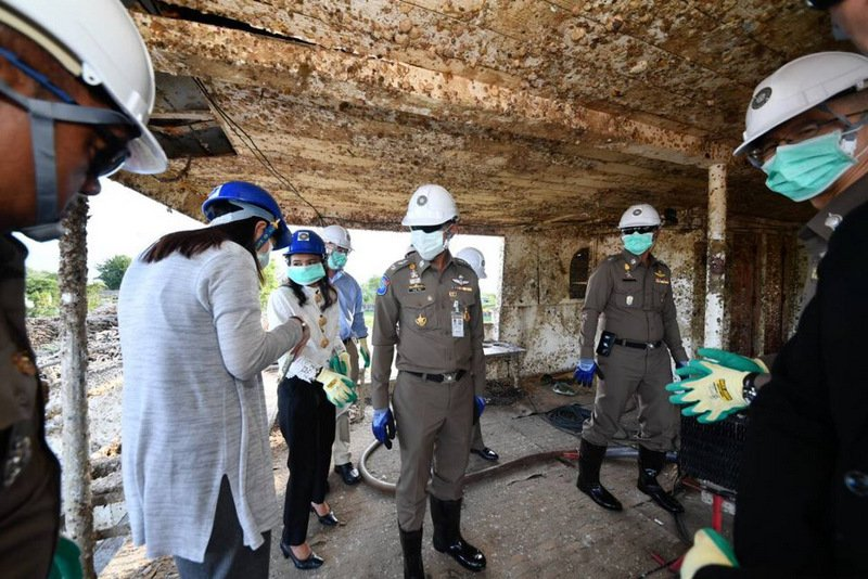 Immigration Chief Lt Gen Surachate Hakparn inspects the recovered wreck of the tour boat 'Phoenix' at Ratanachai Shipyard east of Phuket Town on Wednesday (Nov 21). Photo: Immigration Bureau