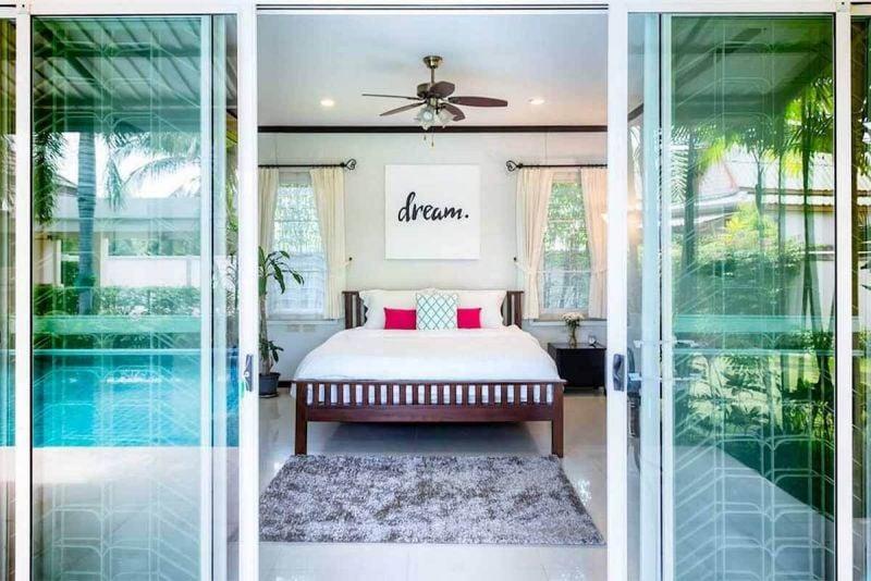4 Bed Villa for Sale Nai Harn