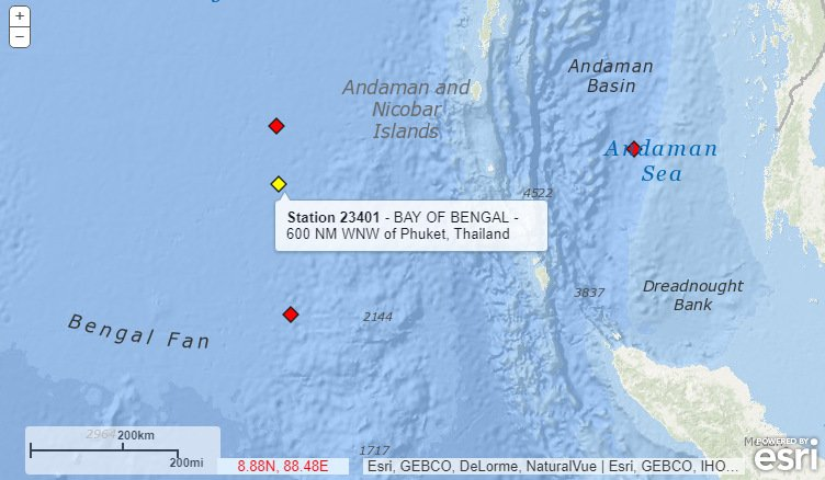 Tsunami-warning buoy Station 23401, maintained by Thailand, is fully operational. The two warning buoys on either side of it, not maintained by Thailand, are not. Image: NOAA