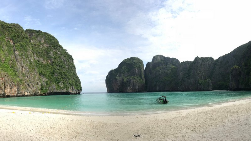 Maya Bay in June last year after is was closed to protect the marine environment, which was under severe threat by overtourism. Photo: DNP