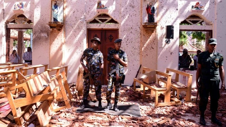 The apparently coordinated attacks were the deadliest to hit the country in the decade since the end of a bloody civil war that killed up to 100,000 people and evoked painful memories for many Sri Lankans. Photo: AFP