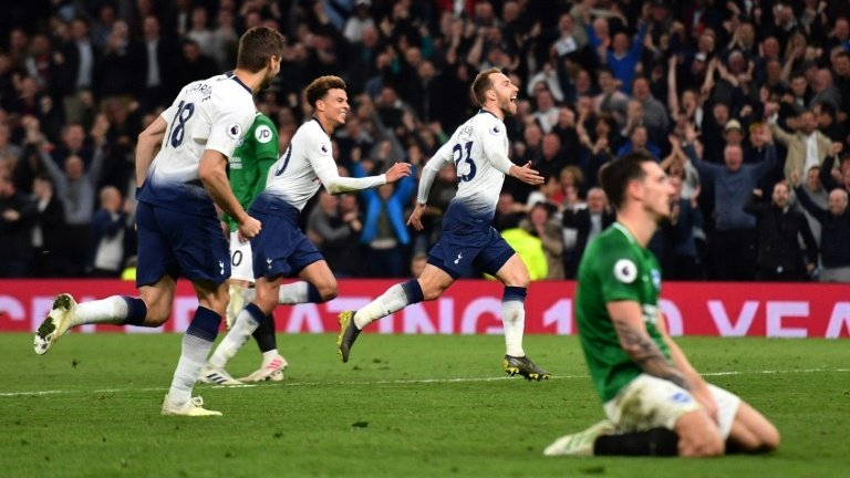 Eriksen late show keeps Spurs on course for top four finish