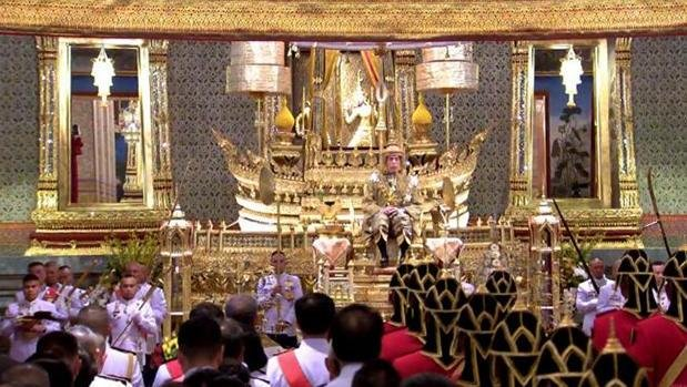 His Majesty the King performs first royal function, promises prosperity
