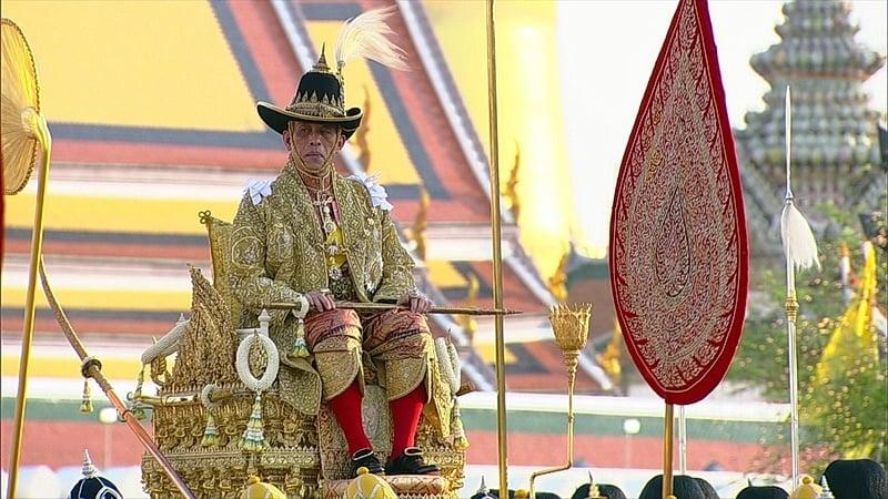 Royal ritual melts hearts of a nation