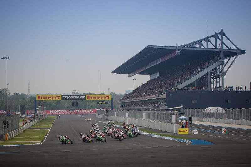 Thailand's first MotoGP event in 2018 attracted 205,000 people to the Chang International Circuit in Buri Ram, and generated about B3.1 billion. Photo: Bangkok Post