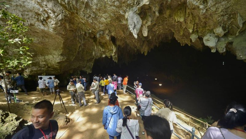 Thai cave reopens for visitors after Wild Boars rescue