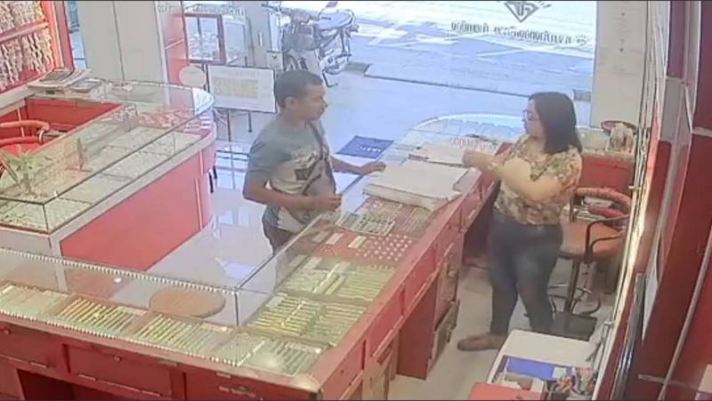 Winai was caught on CCTV at the gold shop in Thai Muang. Photo; Thai Muang Police