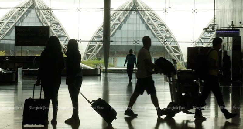Travel plans hit by coronavirus as Thais shun Singapore, Japan after advisory