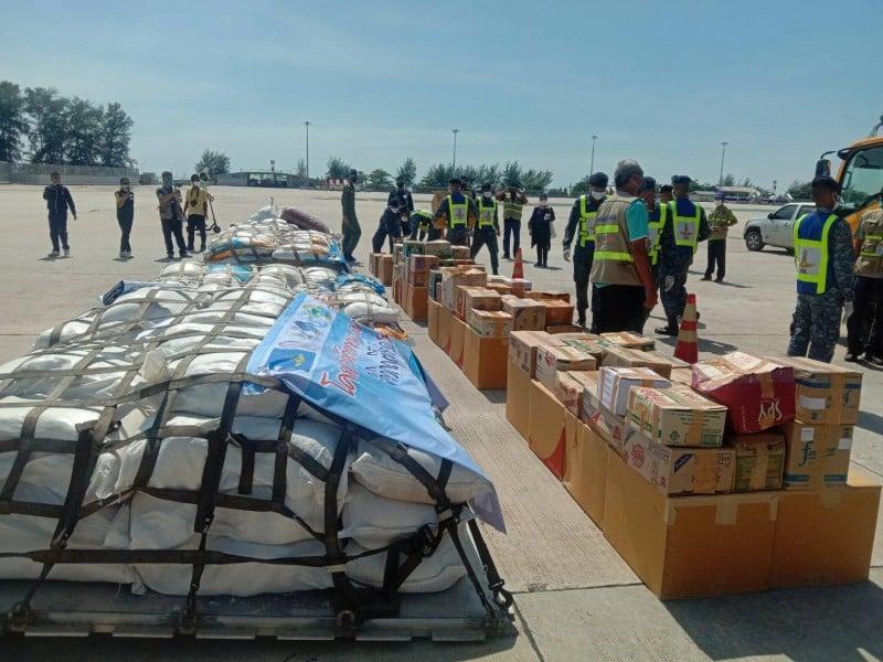 The nine tonnes of rice for sea gypsies landed at Phuket International Airport today (Apr 20). Photo: Eakkapop Thongtub