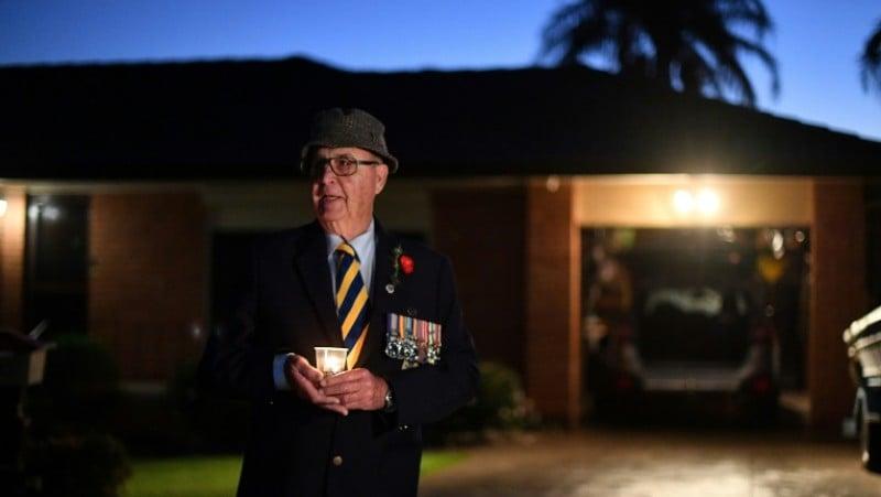 Australia, New Zealand mark Anzac Day with driveway vigils