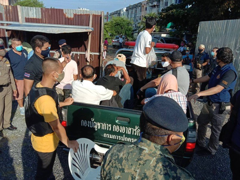 More than 80 gamblers were arrested in the two raids. Photo: Eakkapop Thongtub