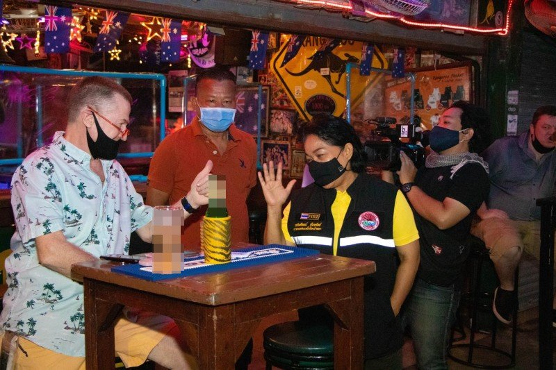 Patong Mayor Chalermluck Kebsup led inspections of the pubs, bars and clubs along Bangla Rd on Wednesday night (July 1). Photo: Patong Municipality