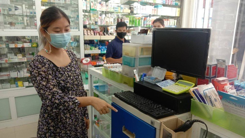 The robber made off with B4,500 from the cash register. Photo: Eakkapop Thongtub