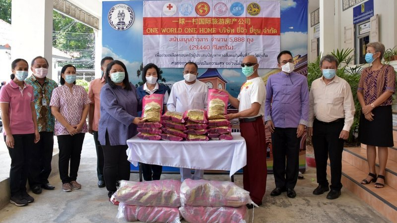 Food donations continue with 2.5 tonnes of rice handed over for Phuket families in need