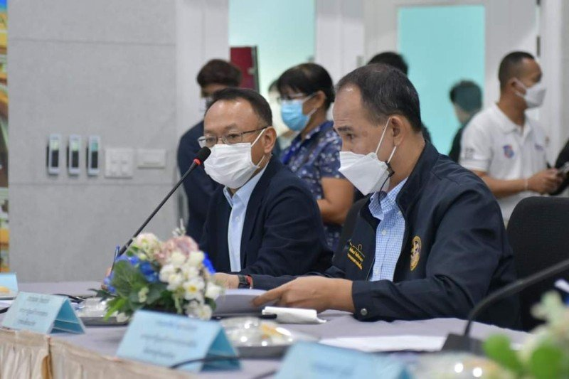 The revised figures were presented at a meeting at the 'EOC Command Center' on Friday (June 25). Photo: PR Phuket