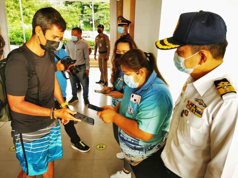 The marine safety inspection was conduced at Chalong Pier this morning (July 26). Photo: Phuket Marine Office