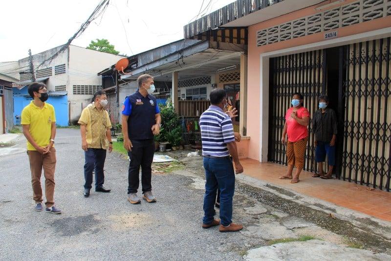 Phuket Town Mayor Saroj Angkanapilas makes his way through Phuket Town calling for people to be tested for COVID-19 for free. Photo: Phuket City Municipality