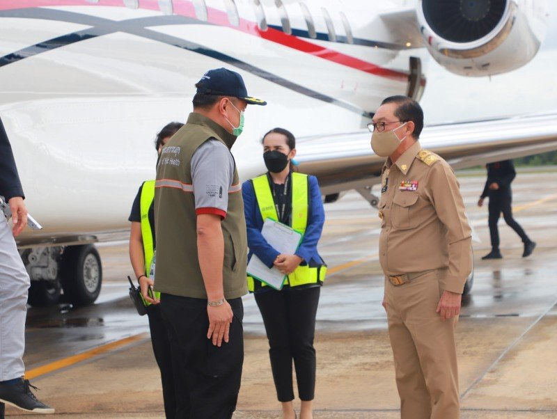 Deputy Prime Minister Anutin is greeted on arrival by new Krabi Governor  Phutthiphong Sirimat. Photo: PR Krabi